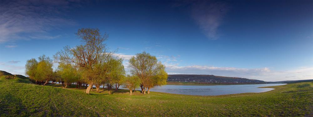 днестр Молдова берег красота река весна деревья молдова туризм поход фотограф фотографии продажа fotograf photograph photo landscape moldova