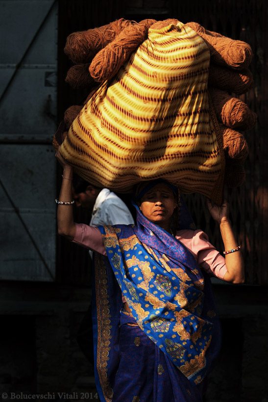 Джайпур, нитки, девушка